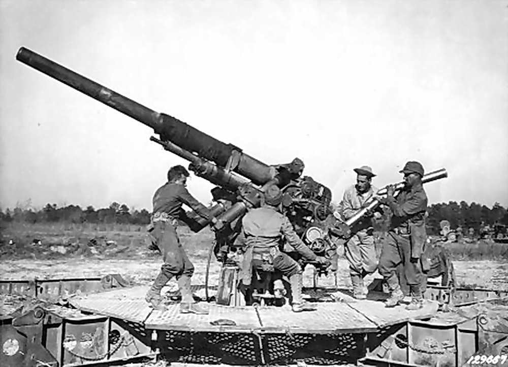 Anti-aircraft_gun-3_inch_real-03.jpg