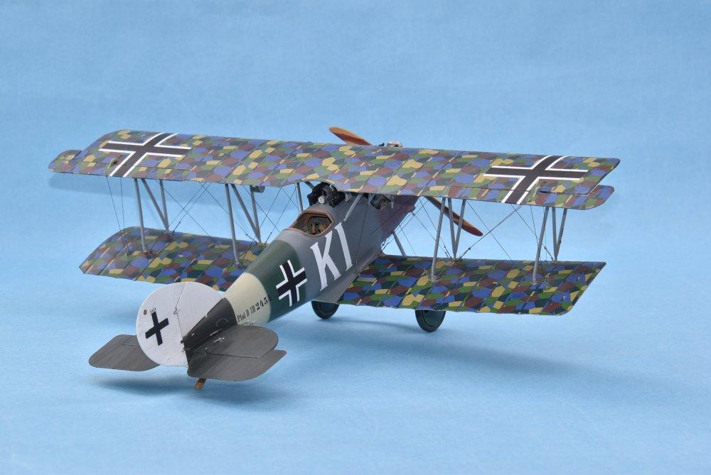 Pfalz D XII Wingnut Wings 32019 32nd -2.JPG