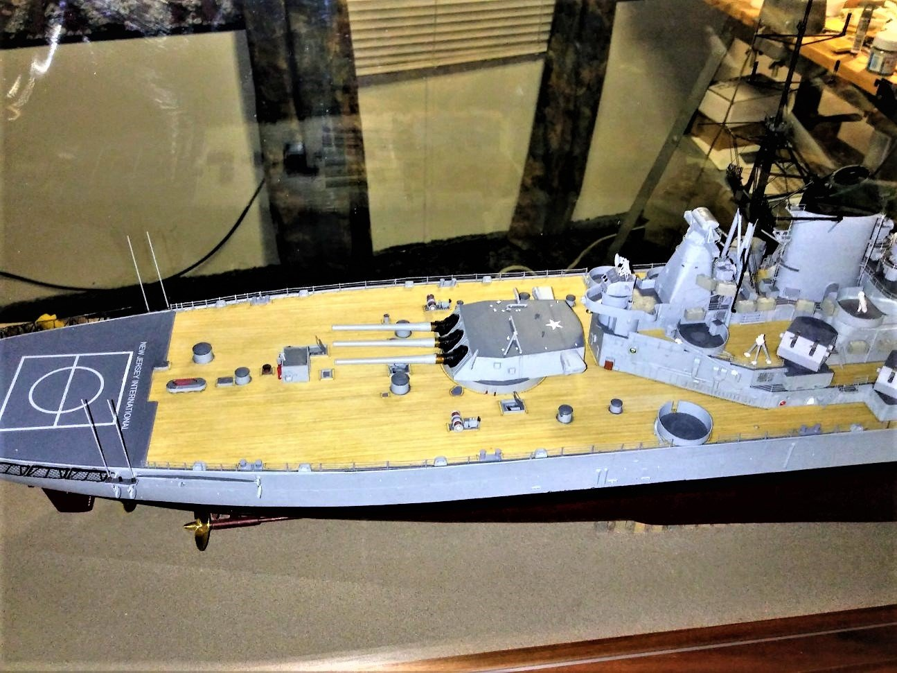 Kit-Bashed Trumpeter 1:200 USS NEW JERSEY (BB-62)